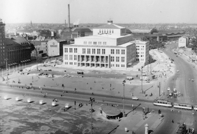 wikimedia-A régi Operaház, Karl Marx Platz