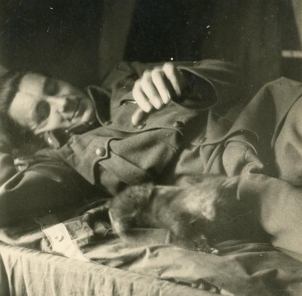 Krasznai András, Kézai Simon Program-Pihenő katona, Oroszország, Kurszk, 1940-1945 közt