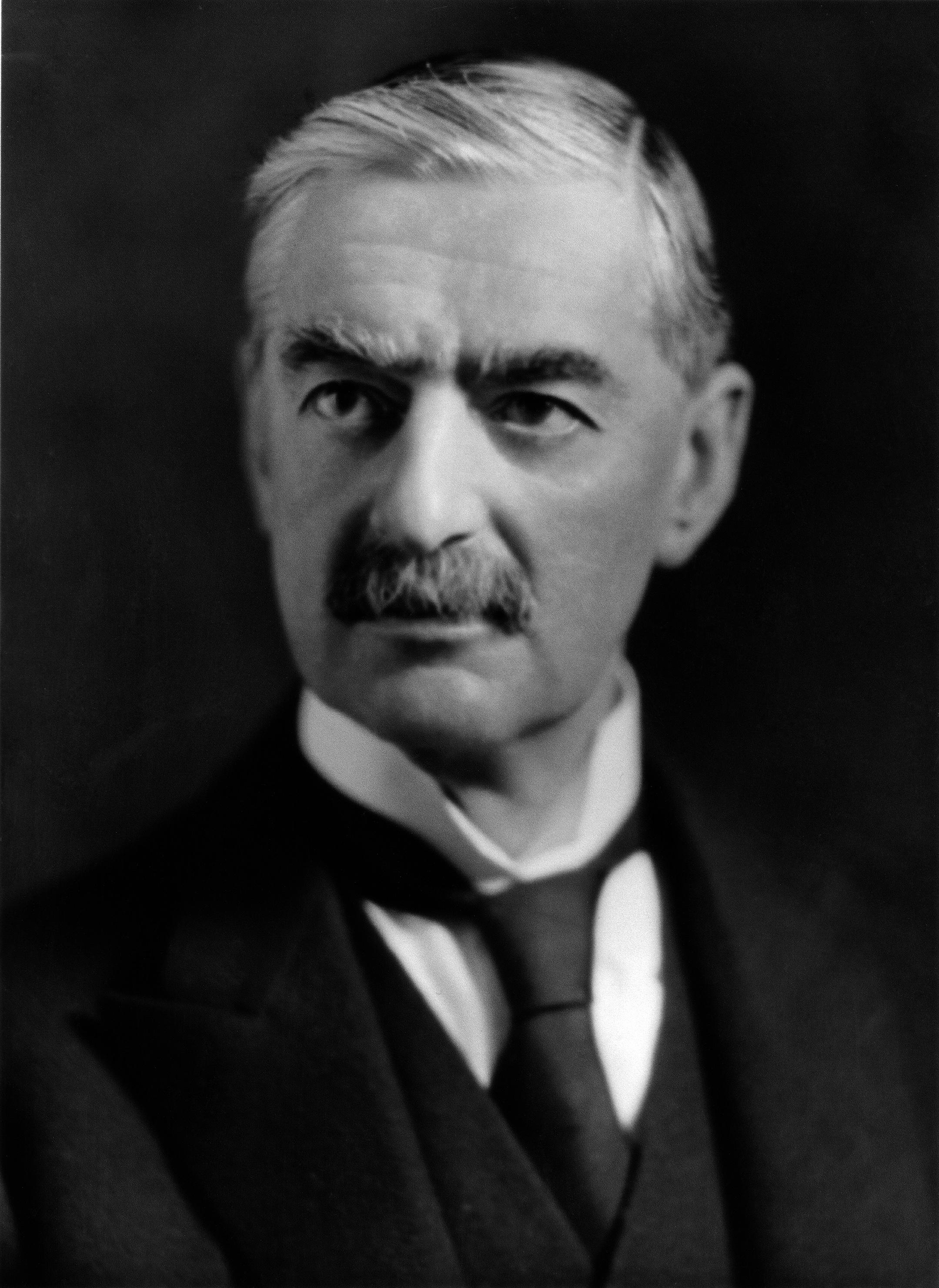 Wikipedia-Arthur Neville Chamberlain