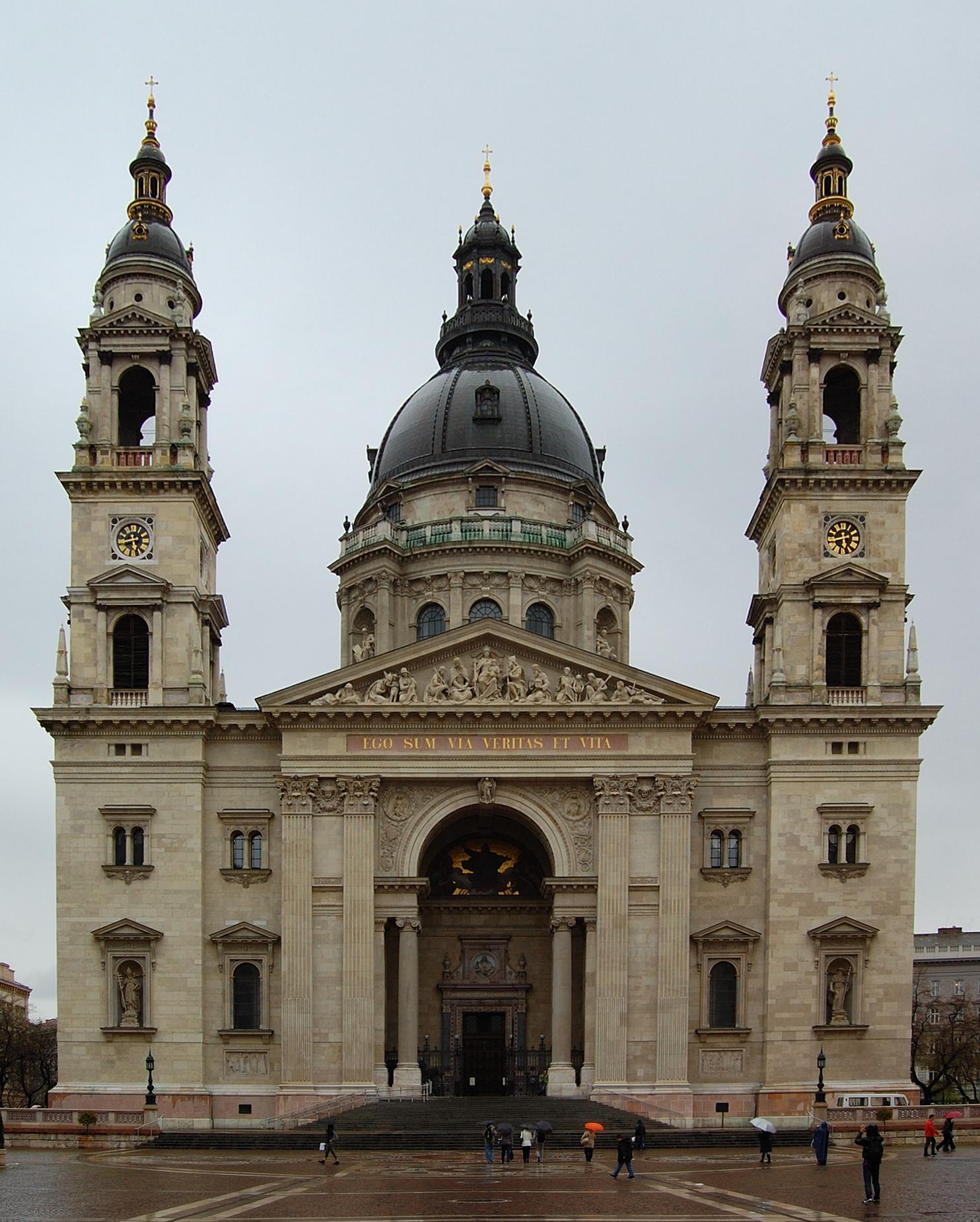 Petr Šmerkl, Wikipedia-Ma a Szent István-bazilika ad otthont a Szent Jobbnak