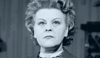 XX. századi ügyek – A vezérkari százados és a nagy magyar színésznő