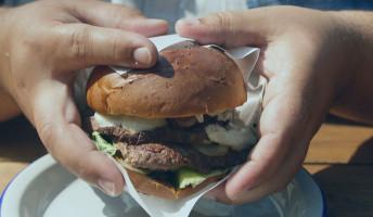 Az elhízás tovább súlyosbítja a járványhelyzetet