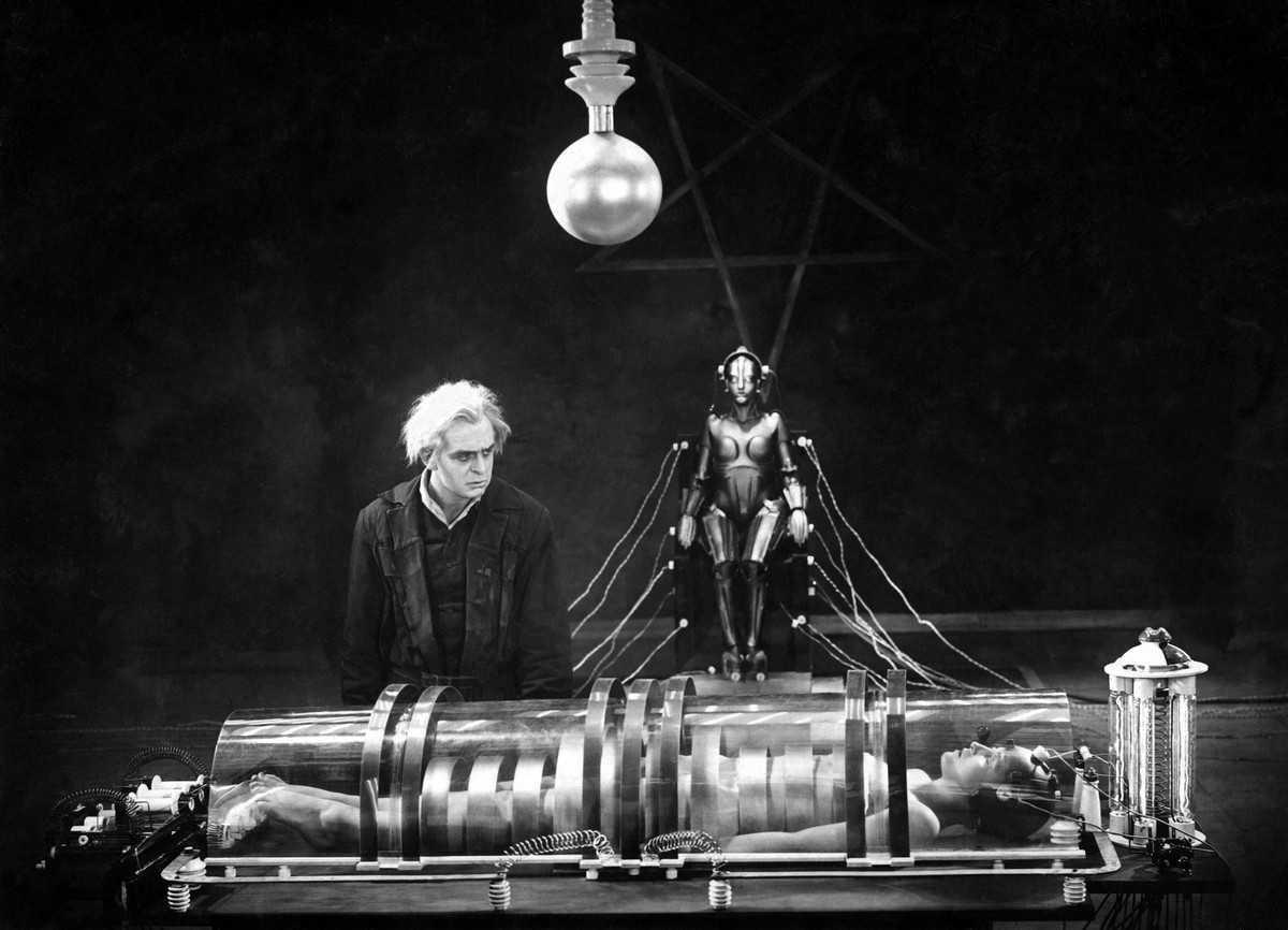 filmmusiccentral.com-Maria, a robot – részlet a Metropolis című filmből