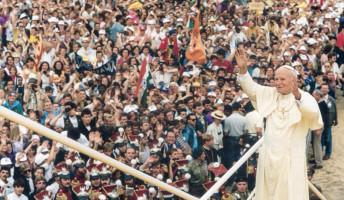 Száz éve született II. János Pál pápa