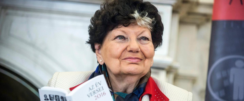 Gergely Ágnes Kossuth-díjas költő a versmaratonon