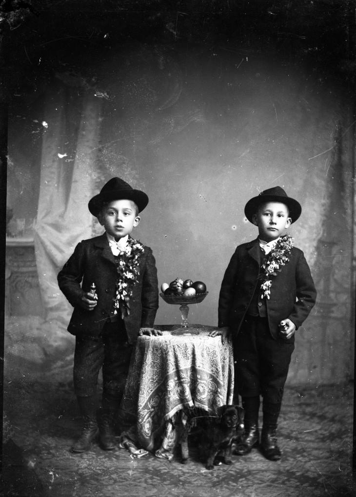 Gere István-Húsvét, locsoló fiúk, Sepsiszentgyörgy, 20. század eleje