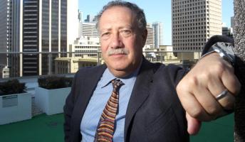 Az amerikai szerző öngyilkosságtól félti az elitet