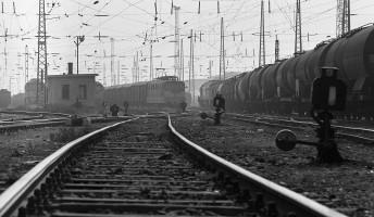 Moldova György: Akit a mozdony füstje megcsapott… – könyvajánló