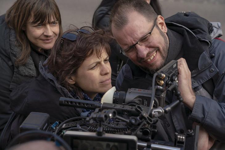 Skuta Vilmos-Szigeti Kriszta scriptes, Dombrovszky Linda rendező és Hartung Dávid operatőr a forgatáson