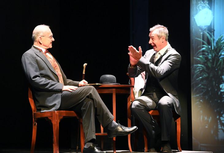 MTI/Bruzák Noémi-Szervét Tibor (b) Hercule Poirot és Pindroch Csaba (j) Constantin Bouc szerepében