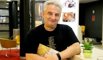 Majoros Sándor: villanyszerelőből díjnyertes író