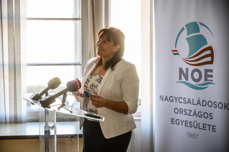 -Kardosné Gyurkó Katalin a Nagycsaládosok Országos Egyesülete (NOE) elnöke
