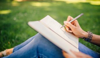 Nagy lehetőség írópalántáknak